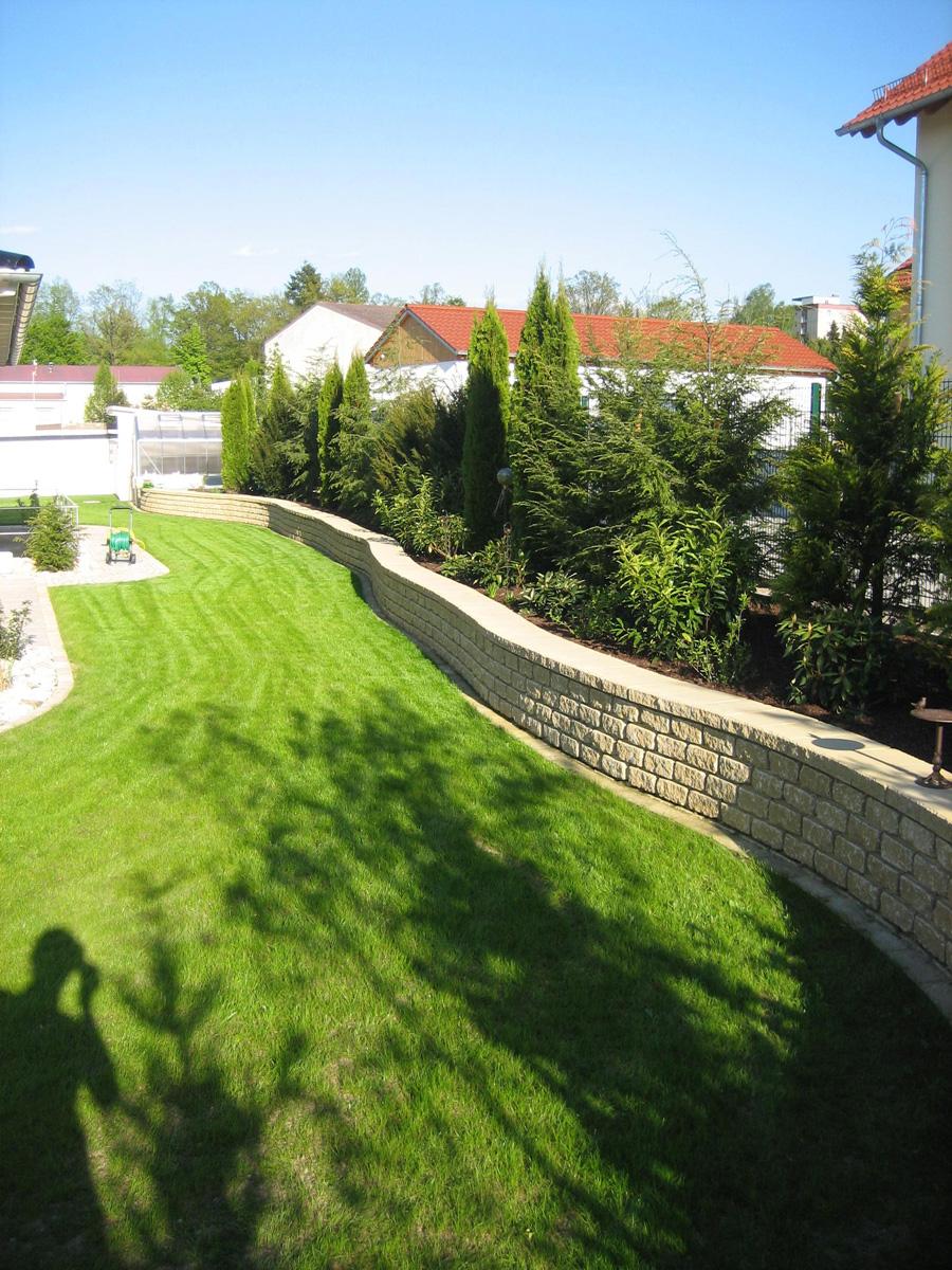 Gartenanlage Pflanzarbeiten Rasenanlage Mauer Pflasterarbeiten Garten Premm Roding